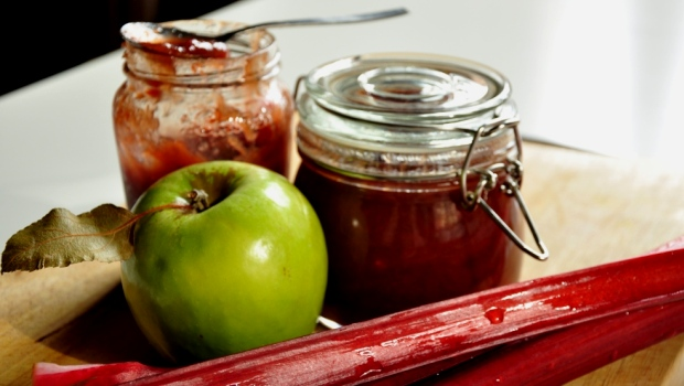 An image of rhubarb and apple chutney on a chopping board