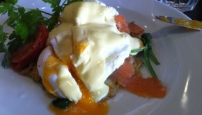 Eggs benedict at saffron