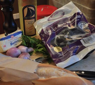 An image of the ingredients needed for Moules Mariniere