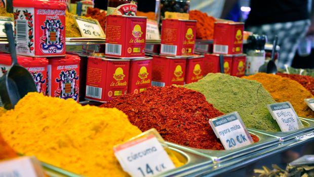 An image of paprika at la boqueria market