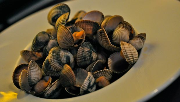 An image of teriyake clams