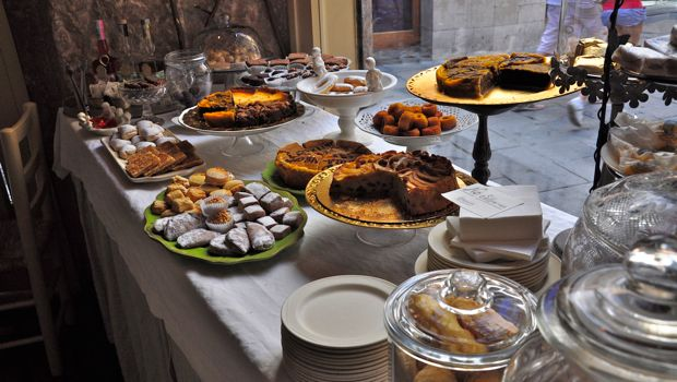 An image of cake at Caelum in Barcelona