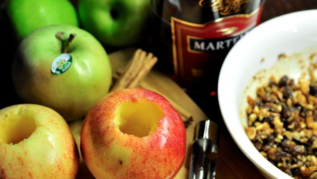 An image of preparing baked apples