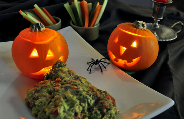 Halloween guacomole