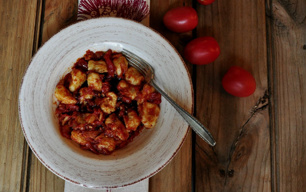 Gnocchi and tomato sauce