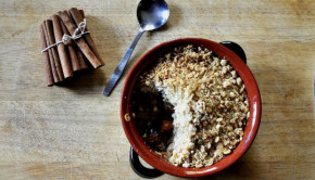 Kumara date and apple crumble with cinnamon