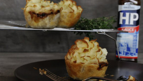 Mini bangers and mash pies