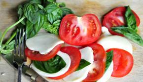 insalata caprese with homemade mozzarella