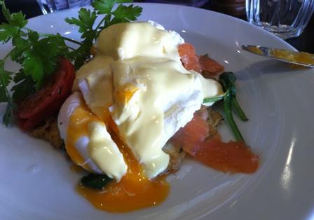 Eggs benedict at saffron