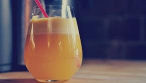 Breakfast detox juice