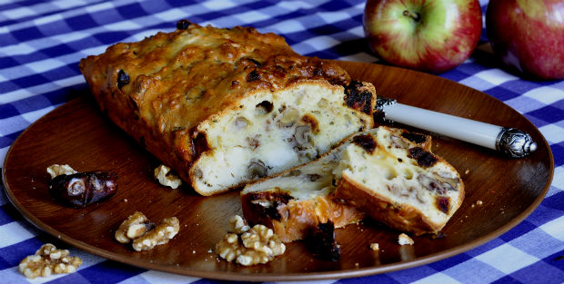 Savoury cake walnut goats cheese and date